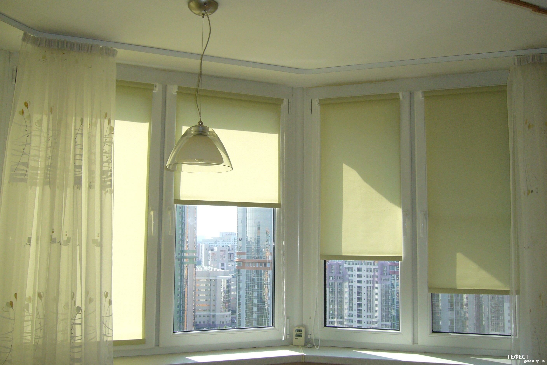 Штора на окно от солнца